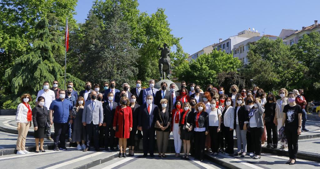 19 Mayıs Atatürkü Anma Gençlik ve Spor Bayramı Kırklarelinde Törenle Kutlandı